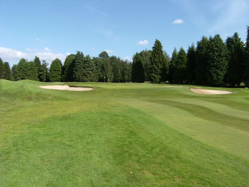 Approach view of the 5th green